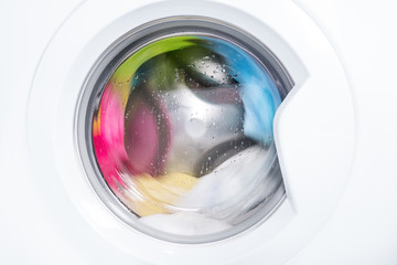 Process of cleaning color cloth in washing machine