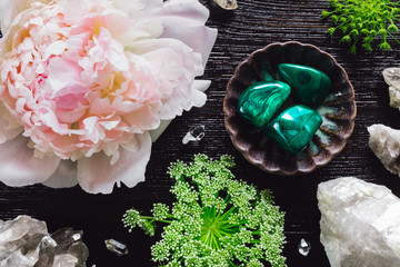 Malachite and Quartz with Peony and Queen Anne's Lace