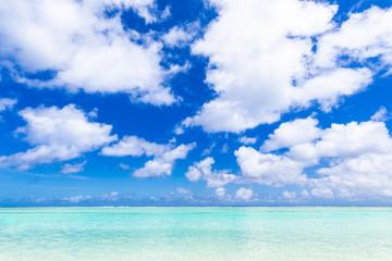 夏イメージ 海・ビーチ・青空