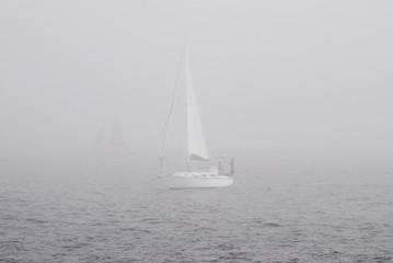 Dense fog, sailing in the morning