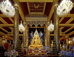 Buddha Chinnarat in temple