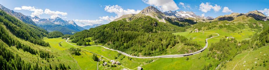 Bernina Pass (CH) - Vista aerea panoramica in località La Rosa