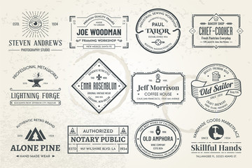 Foto auf AluDibond Retro Set of vintage template logos. Perfectly to your company logos, advertisement, promotion material, sticker and business cards.