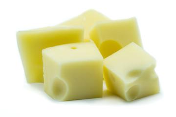 Emmentaler Gouda Käse Käsewürfel Würfel isoliert freigestellt freisteller Weißen Weißer weiß Hintergrund
