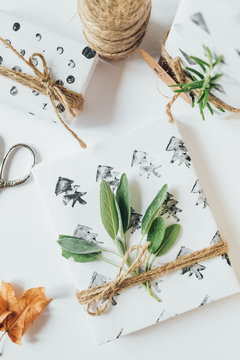 Christmas gifts with diy geometric stamps