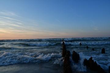 The beautiful breakwater from Debki