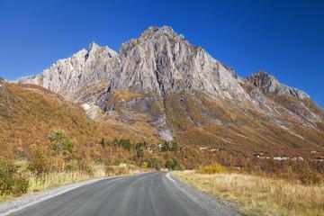 Mount Saetretindane