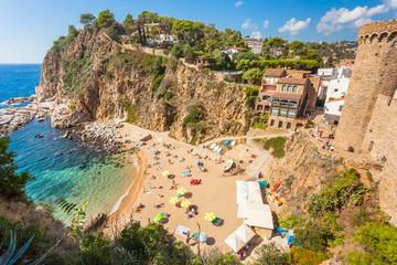 Tossa del Mar, la plagette d'El Codolar et les calanques, Costa Brava, Espagne Fototapete