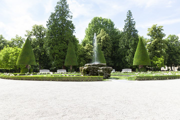 Würzburg-Brunnenanlage im Hofgarten