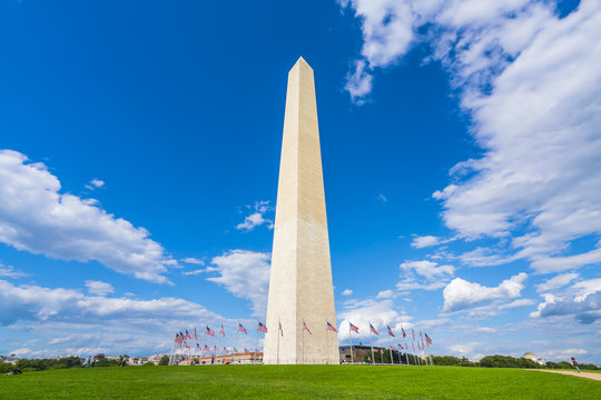 washington dc,Washington monument on sunny day with blue sky background.