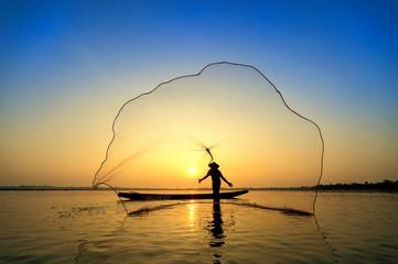 throw a net