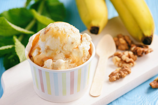Vanilla and banana ice-cream with nuts and caramel.