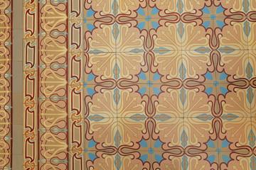 carreaux sol en ciment ancien à motifs et frises