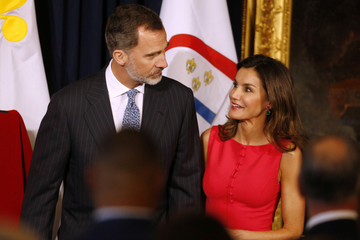 Spain's King Felipe VI and Queen Letizia enter Gallier Hall before a welcoming ceremony in New Orleans