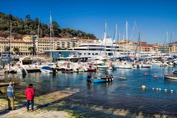 Nizza, Hafen