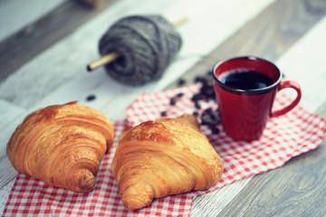 Aluminium Prints Coffee beans croissant, café