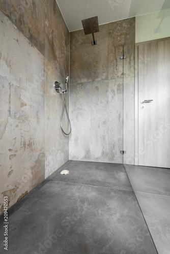 Modernes Badezimmer, Dusche, Glas\