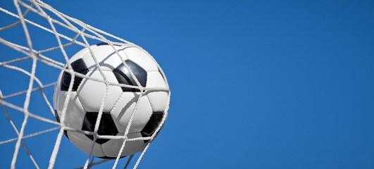 Ball im Netz