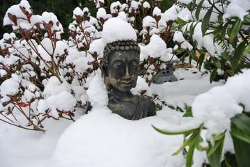 Bouddha sous la neige