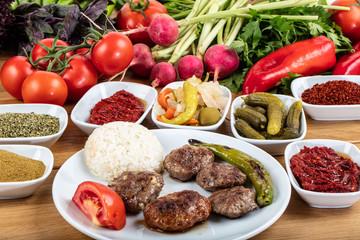 Mixed Meatballs / Kofte