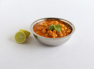 Chana dal masala or chickpea curry is a healthy, vegetarian, traditional and delicious Indian side dish for items like chapati and roti.