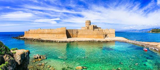 Poster Chateau Le Castella .Isola di Capo Rizzuto - beautiful medieval castle in the sea. Calabria, Italy