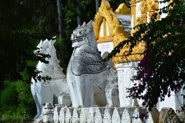 ミャンマーサレーのシンビンマハラバマン寺