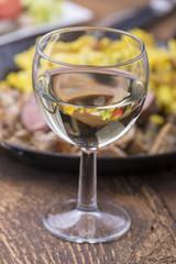 schwäbisches Schweinsfilet mit Spätzle und Wein