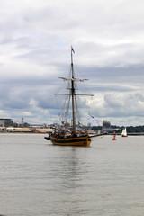 La Garonne port de Bordeaux