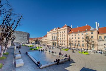 Das Museumsquartier an einem Frühlingstag in Wien, Österreich
