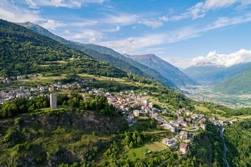 Teglio - Valtellina (IT) - Vista aerea panoramica versoTirano