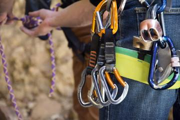 In de dag Alpinisme carabiner hanging on a rock climber's harness