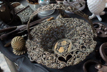 Example of Ottoman art patterns on metals
