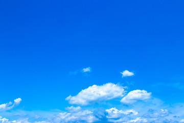 初夏の青空