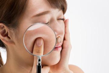 スキンケア・虫眼鏡