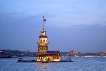 Awesome sky and Maiden's Tower (kiz kulesi) in istanbul