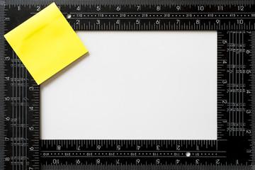 etiquetas adhesivas y reglas de escuadra  para personalizar con el logotipo de su empresa
