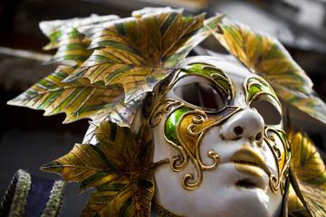 Masque Vénitien feuille d'or