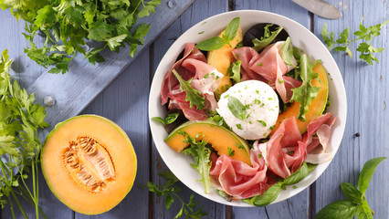 melon salad with mozzarella and ham