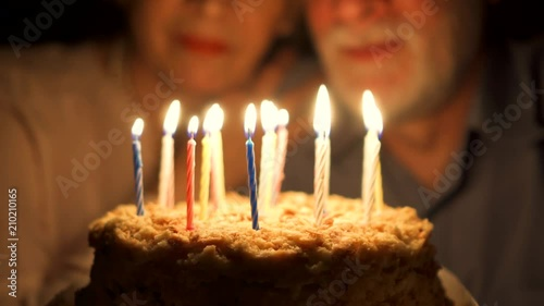 Happy Elderly Family Hugging Cuddling Together Make Wishes And Blowing Out Candles Focus On The Cake Stockmaterial Und Lizenzfreie Videos