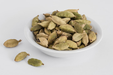 Green Cardamom in an Ingredient Bowl