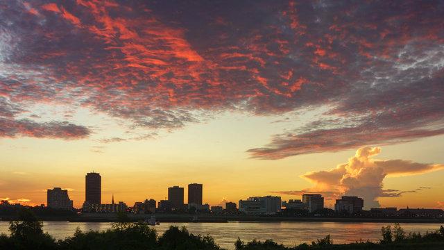 """A rare """"Dragon Cloud"""" sunrise over Baton Rouge"""