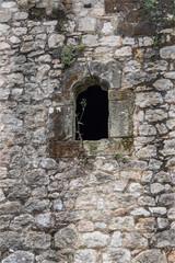 fenêtre ancienne à Santillana del Mar dans le nord de l'Espagne