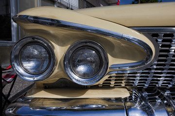 American Classic Car, Front Detail