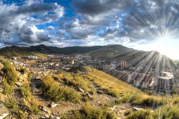 Randbezirk von Ulan Bator, die Hauptstadt der Mongolei, nach einem Gewitter