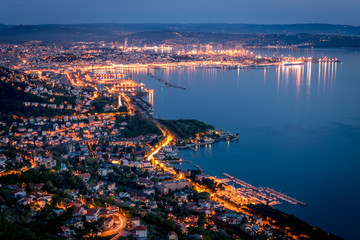 Trieste di notte