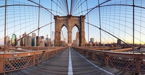 Wall Mural - View of Brooklyn Bridge and Manhattan skyline
