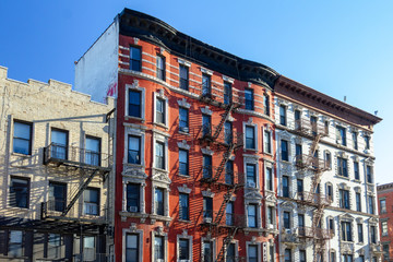 Fototapete - Old buildings in the East Village of Manhattan in New York City