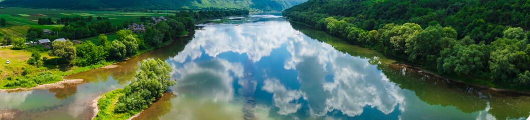 панорама красивый вид  пейзаж река лес