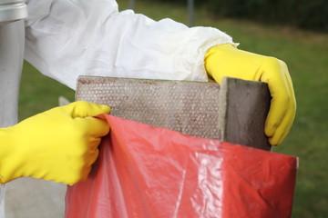Entsorgung von Asbest Platten
